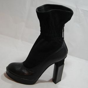 Auth Fendi Ankle Boots Black Leather Size 6.5